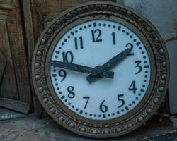 Mettons les pendules à l'heure : heure d'été et horloge chinoise